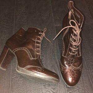 Franco Sarto Size 9M Brown Booties